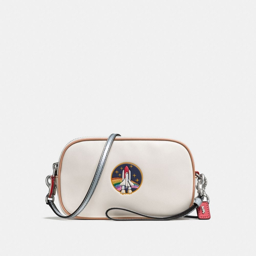 CROSSBODY CLUTCH IN GLOVETANNED LEATHER WITH EMBOSSED ROCKET SHUTTLE
