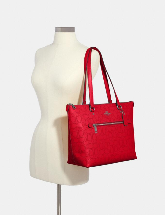 Coach Gallery Tote in Signature Leather Qb/Miami Red What's New Alternate View 3