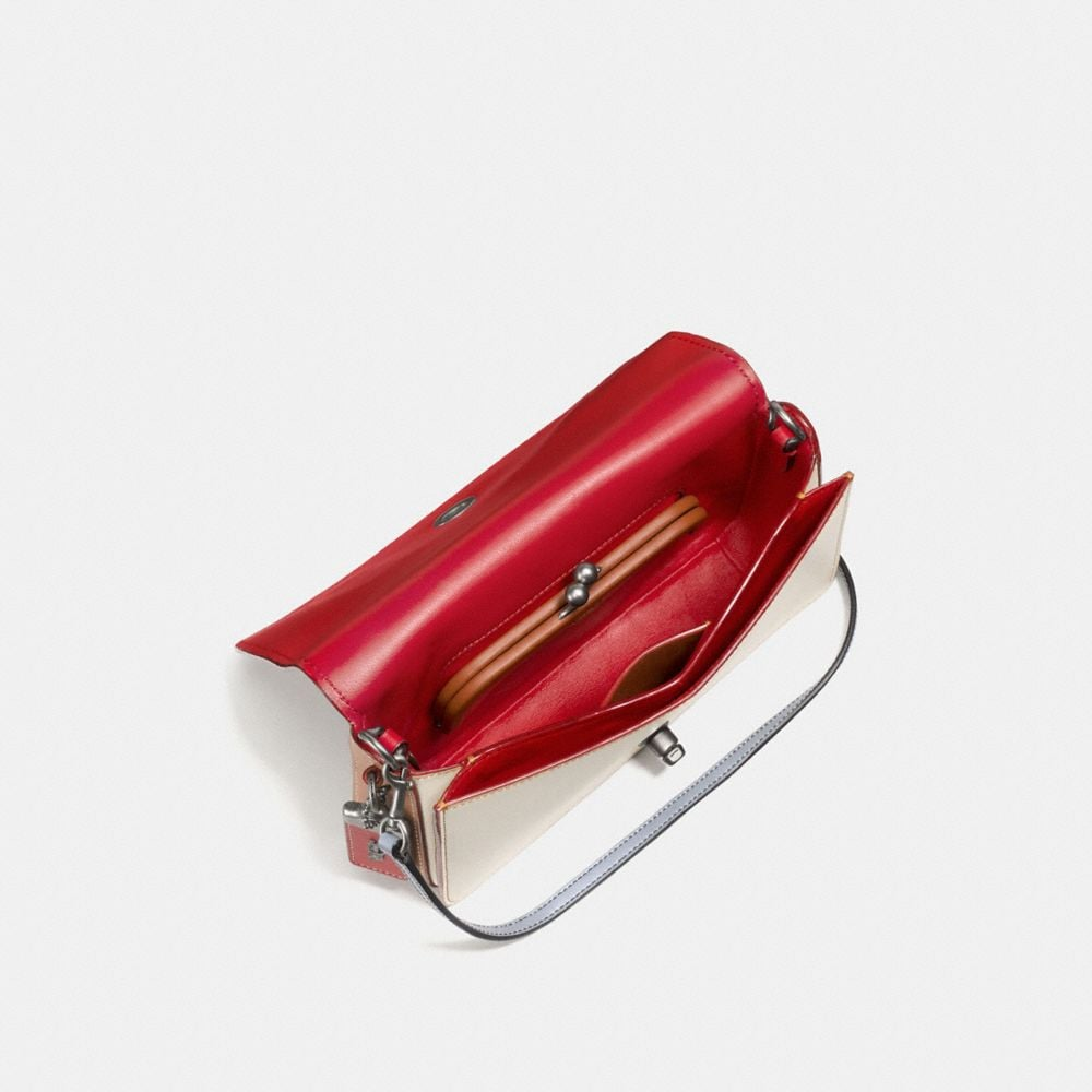 Dinky in Glovetanned Leather With Embossed Rocket Shuttle - Visualizzazione alternativa A2