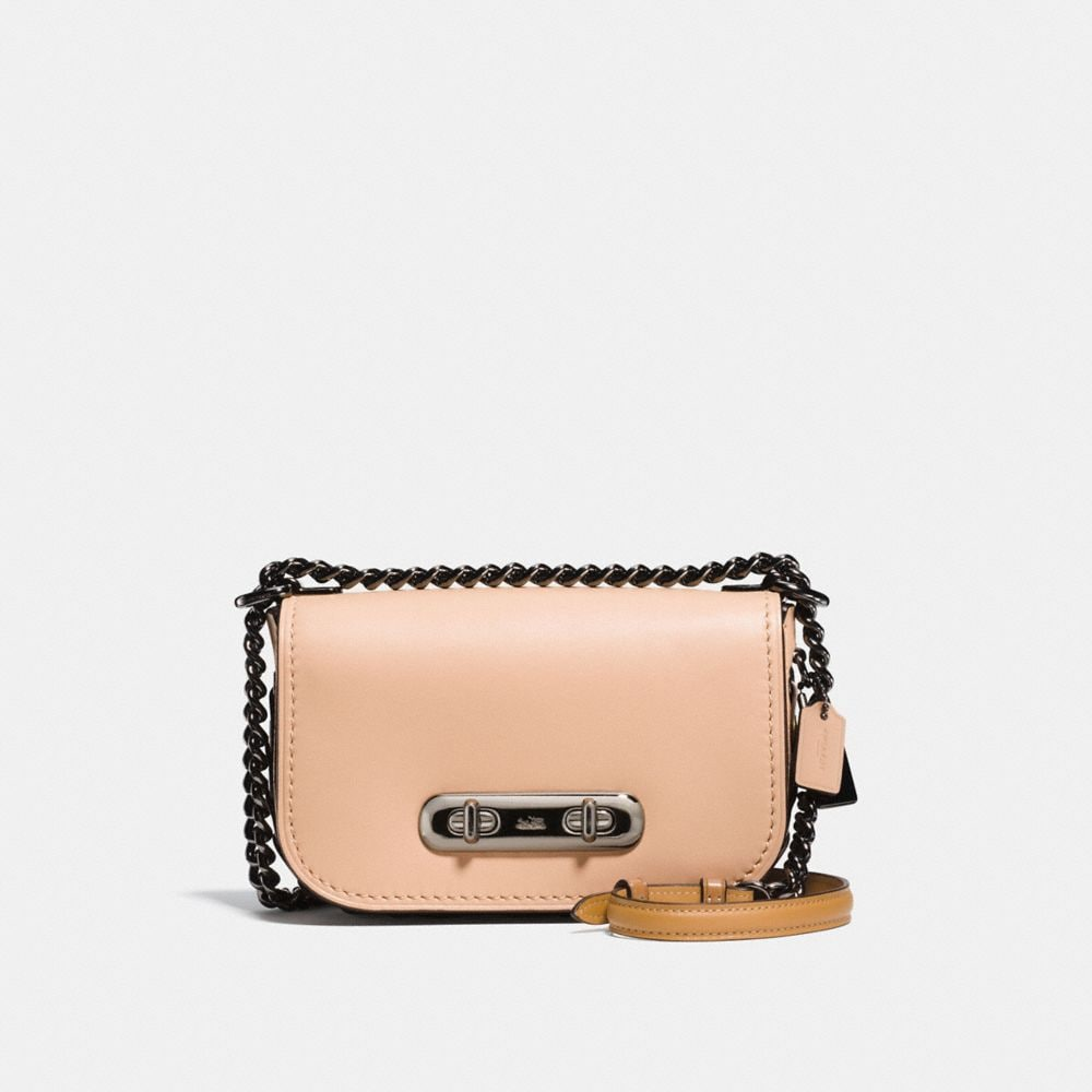 COACH SWAGGER SHOULDER BAG 20 WITH COACH LINK DETAIL