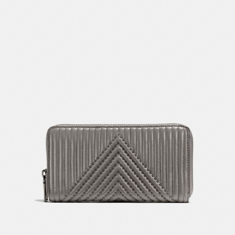 ACCORDION ZIP WALLET WITH QUILTING AND RIVETS