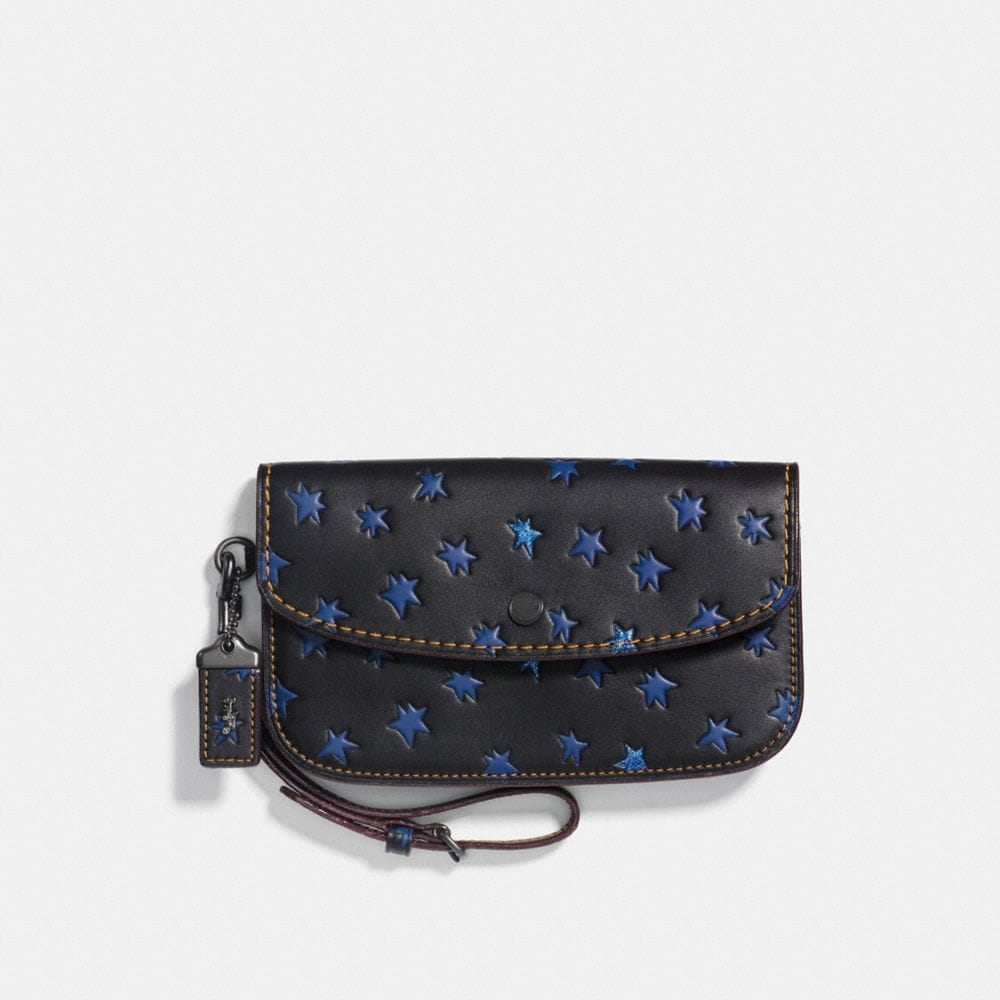 CLUTCH WITH STAR PRINT