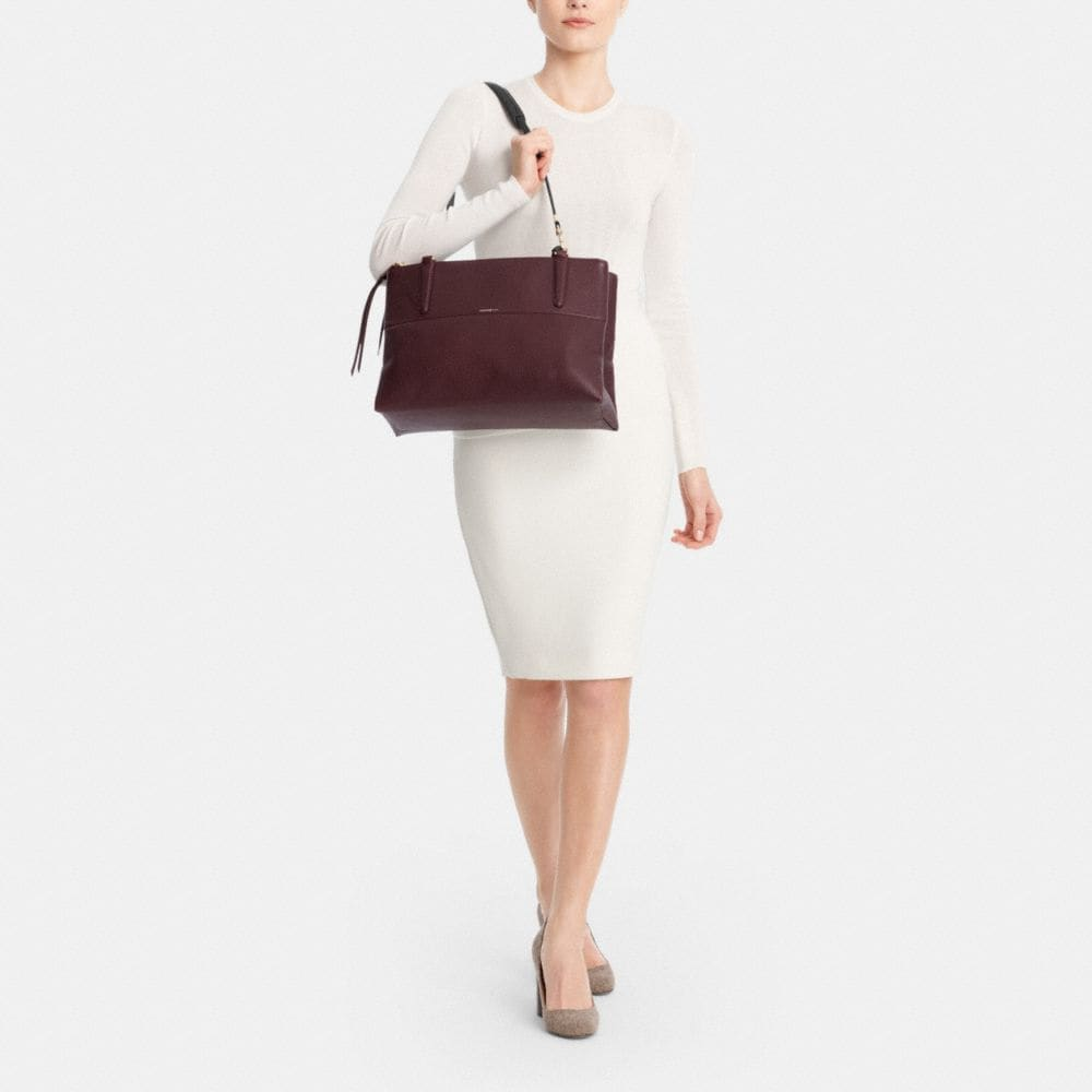 The Borough Bag in Pebbled Leather - Alternate View M1