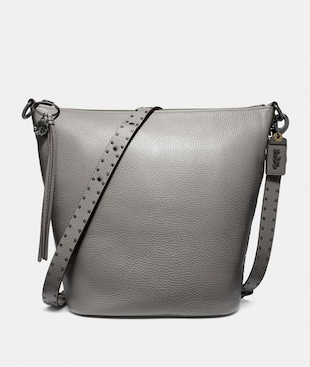 DUFFLE WITH RIVETS