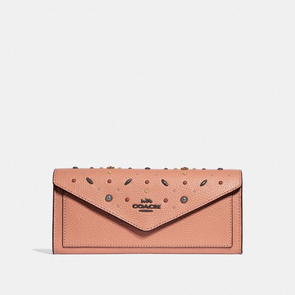 soft wallet with prairie rivets