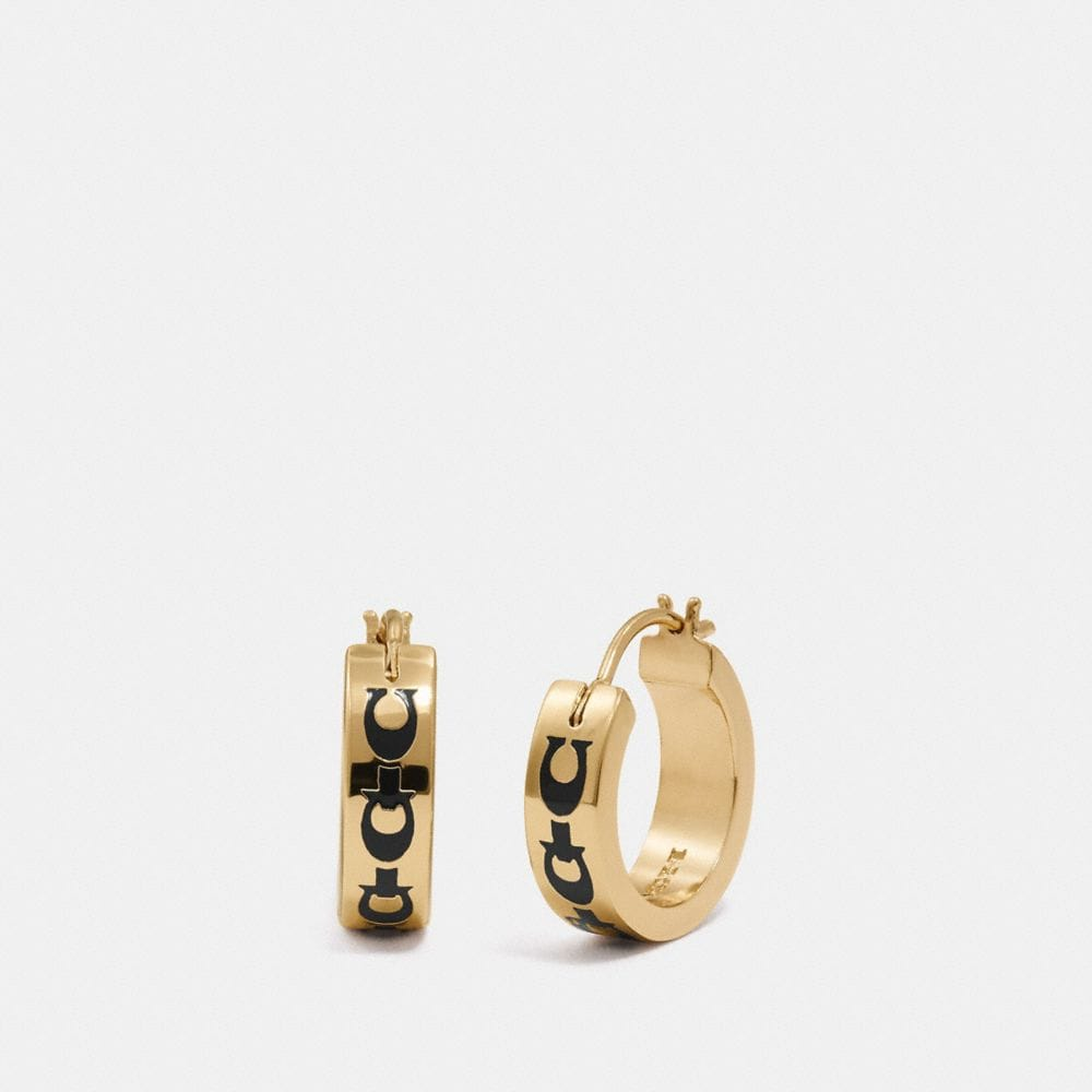 SIGNATURE CHAIN HUGGIE EARRINGS