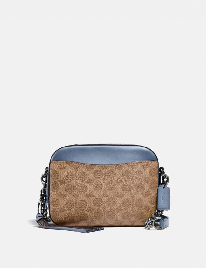 Coach Camera Bag in Signature Canvas Lh/Sand Taupe Women Bags Crossbody Bags