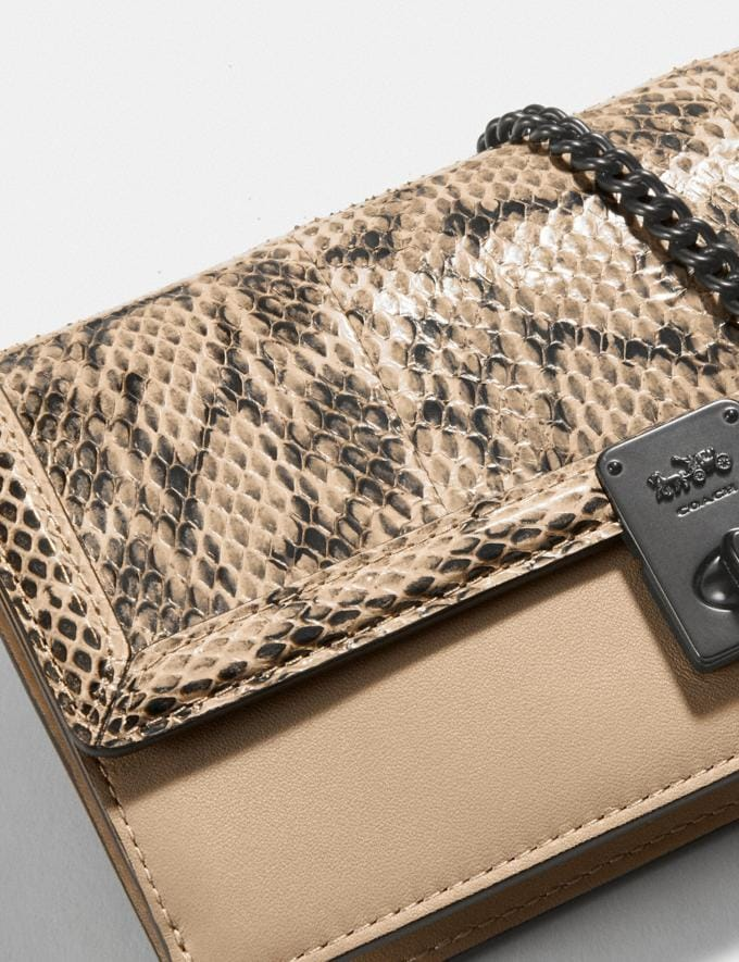 Coach Hutton Clutch in Snakeskin Pewter/Neutral Damen Taschen Clutches Alternative Ansicht 3
