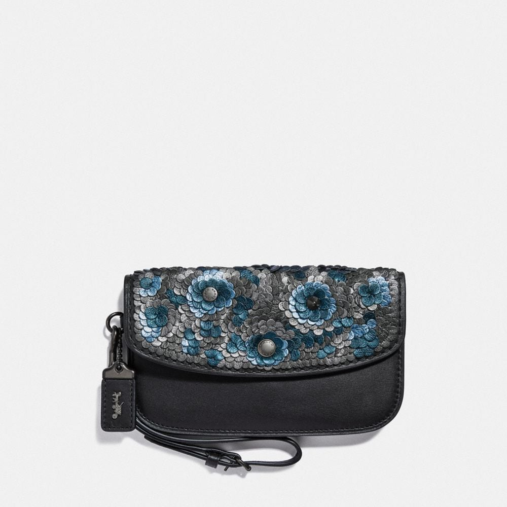 CLUTCH WITH LEATHER SEQUIN