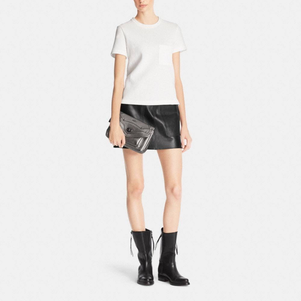 RHYDER CROSSBODY IN METALLIC PEBBLE LEATHER - Autres affichages M2