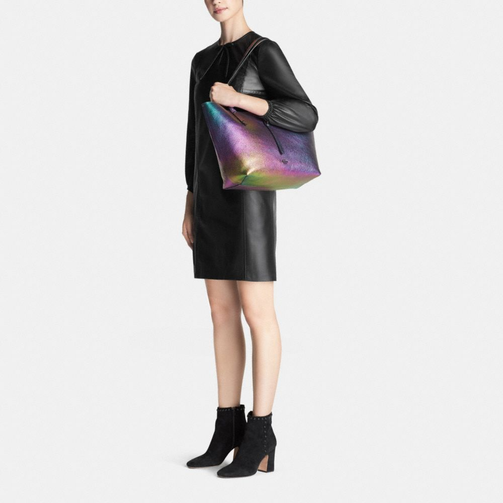 Market Tote in Hologram Leather - Alternate View M1