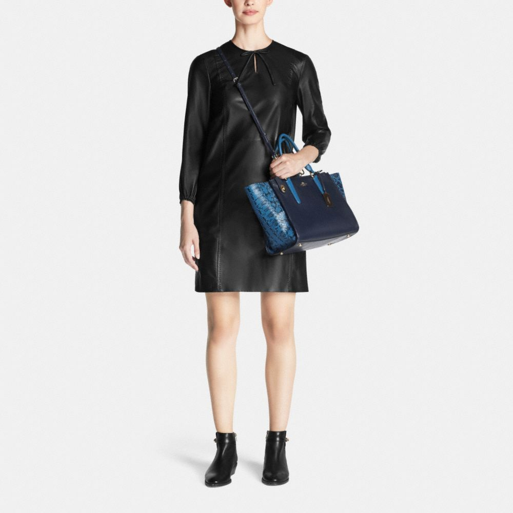 Crosby Carryall in Colorblock Exotic Embossed Leather - Autres affichages M