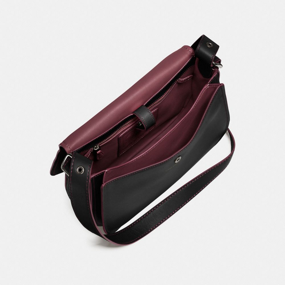 SADDLE BAG IN GLOVETANNED LEATHER - Alternate View A4