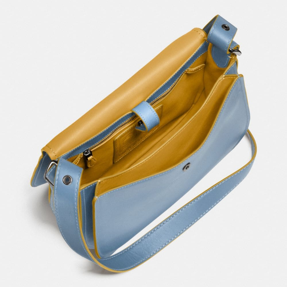 Saddle Bag in Glovetanned Leather - Autres affichages A6