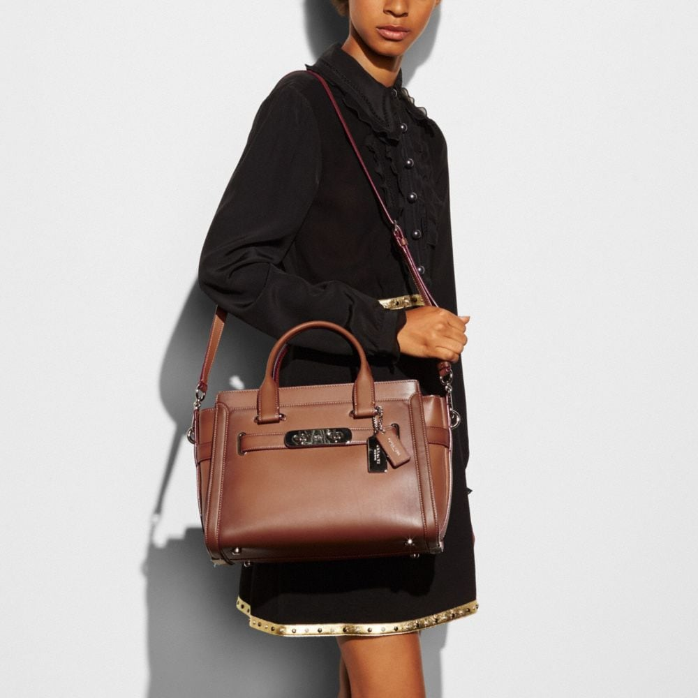 Coach Swagger in Burnished Glovetanned Leather - Alternate View A3