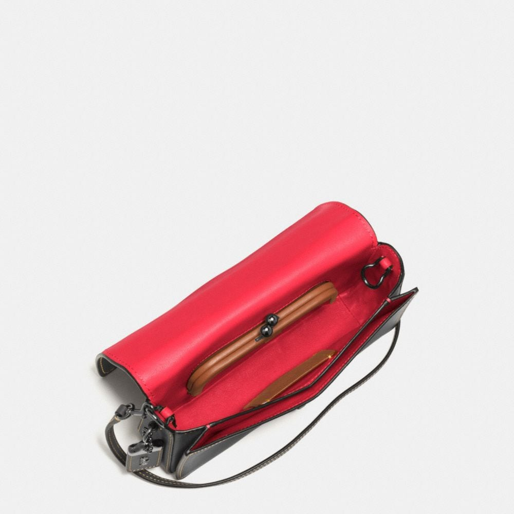 MICKEY DINKY CROSSBODY IN GLOVETANNED LEATHER - Autres affichages A4