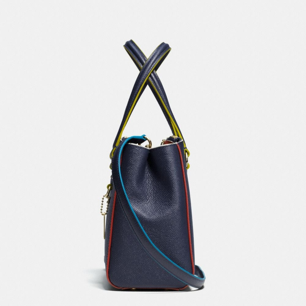 Stanton Carryall 26 in Edgestain Leather - Alternate View A1