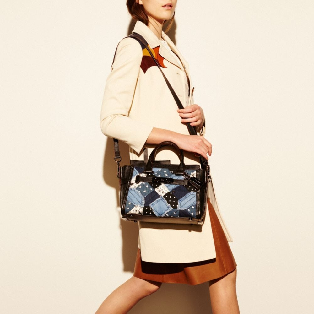 COACH SWAGGER 27 IN CANYON QUILT DENIM - Autres affichages A4