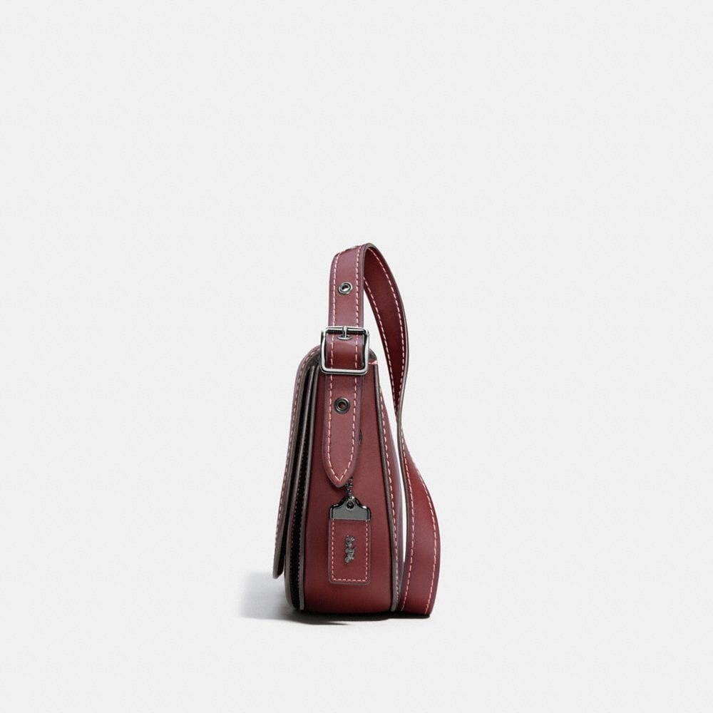 SADDLE BAG 23 IN BURNISHED GLOVETANNED LEATHER - Alternate View A1