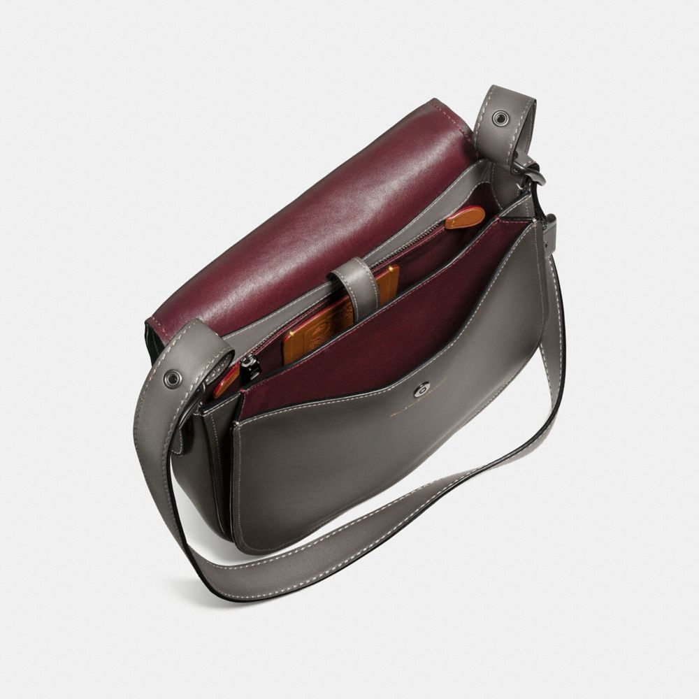 SADDLE BAG IN BURNISHED GLOVETANNED LEATHER - Alternate View A2