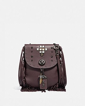 BOLSO SADDLE CON FLECOS Y REMACHES PIRAMIDALES