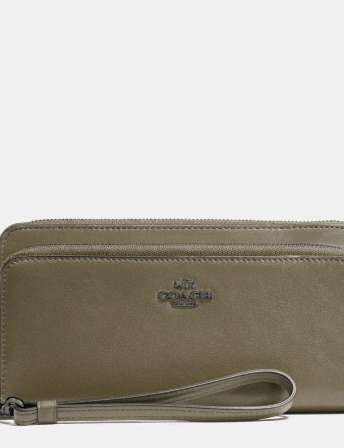 Coach Double Accordion Zip Wallet in Smooth Leather Surplus/Black Antique Nickel Women Wallets Large Wallets