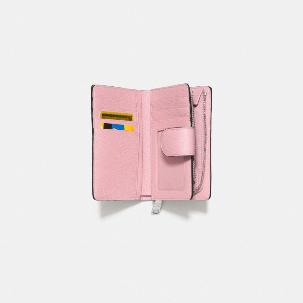Medium Zip Around Wallet in Crossgrain Leather - Autres affichages L1