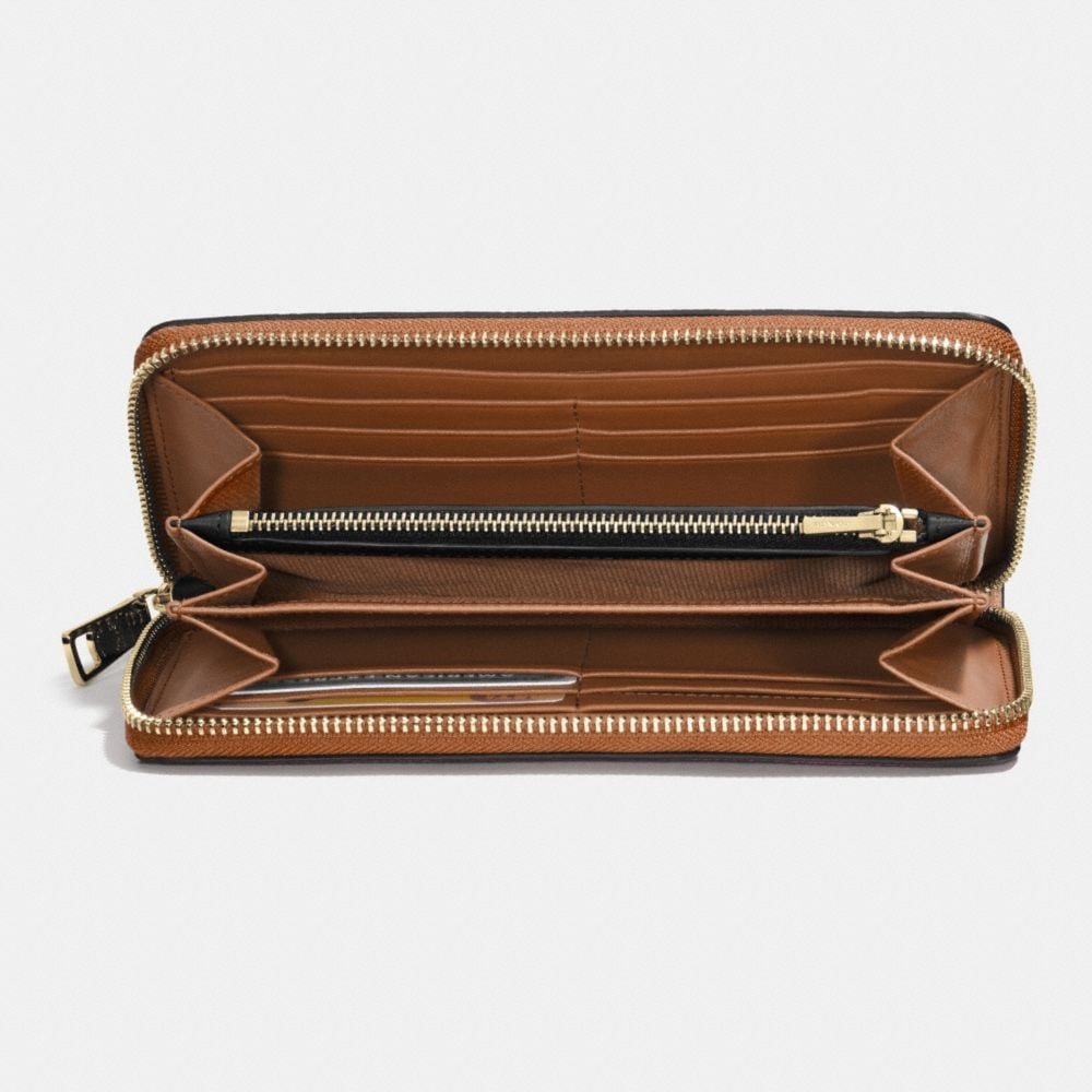 Accordion Zip Wallet in Embossed Textured Leather - Autres affichages L1