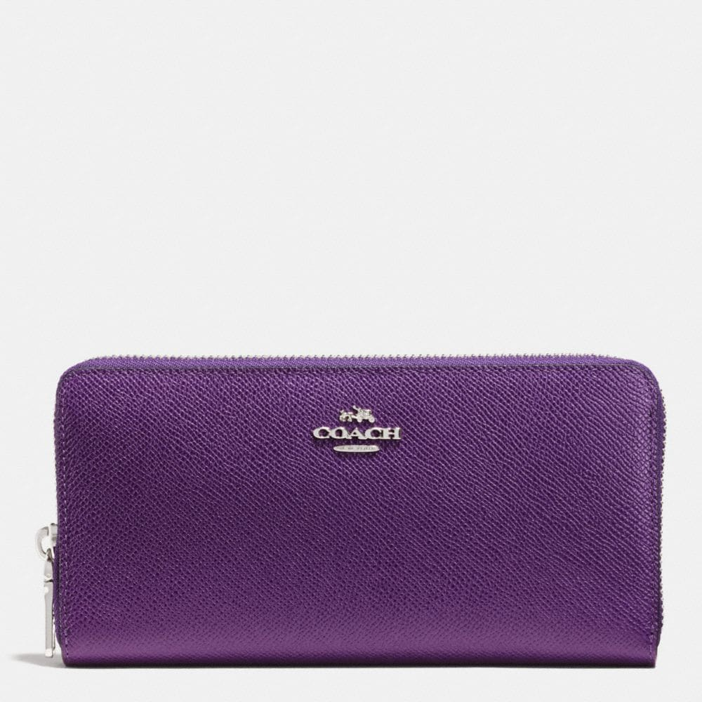 Coach Accordion Zip Wallet in Crossgrain Leather