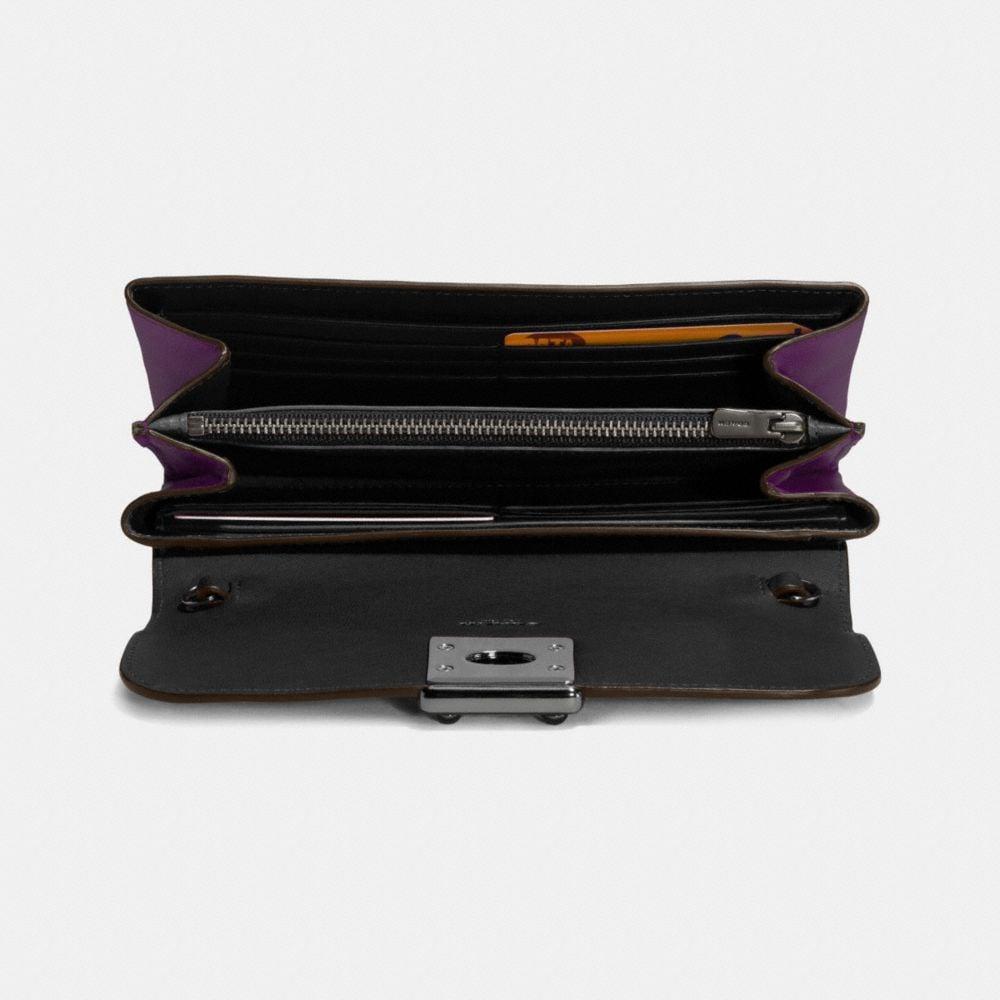 Drifter Wallet in Glovetanned Leather - Alternate View L1