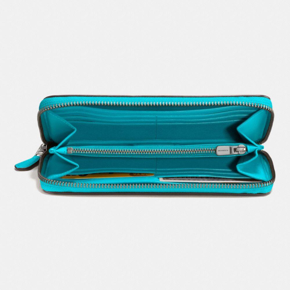 Accordion Zip Wallet in Glovetanned Leather - Alternate View L1