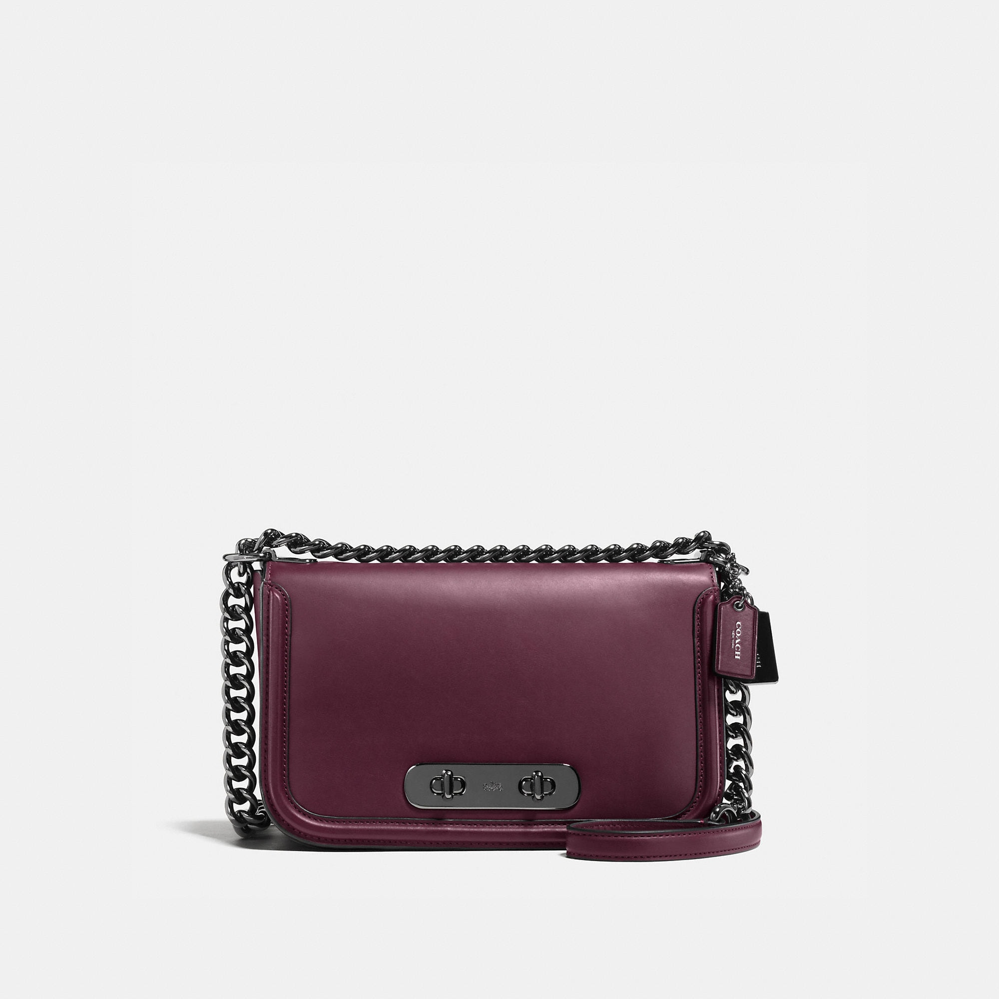 Coach Swagger Shoulder Bag In Glovetanned Leather