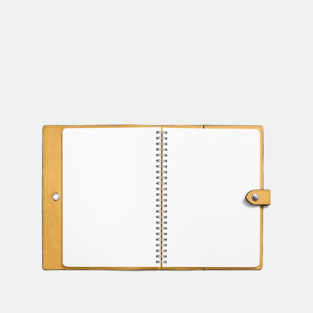Sketchbook in Glovetanned Leather - Vistas alternativas A2