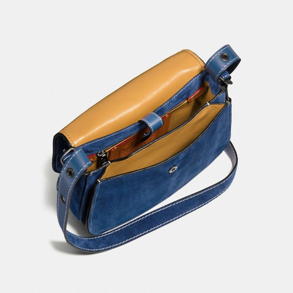Western Rivets Saddle Bag 23 in Suede - Autres affichages A2