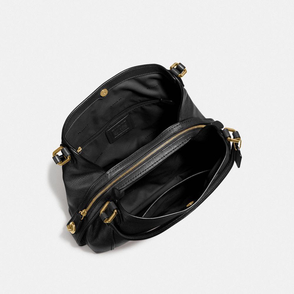 Edie Shoulder Bag 31 in Polished Pebble Leather - Visualizzazione alternativa A2