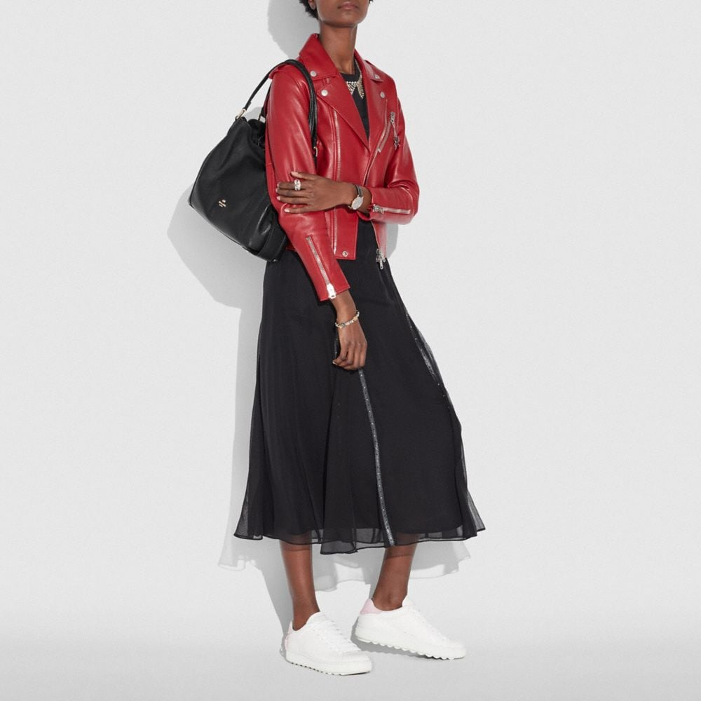 Edie Shoulder Bag 31 in Polished Pebble Leather - Visualizzazione alternativa A3