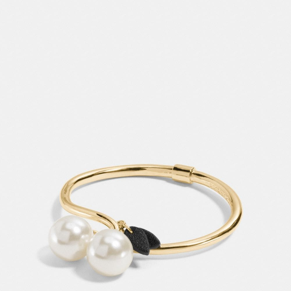 PEARL KISSLOCK CHERRY HINGED BANGLE