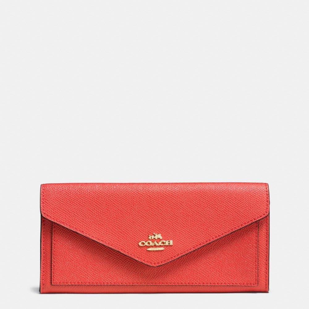 Soft Wallet in Crossgrain Leather