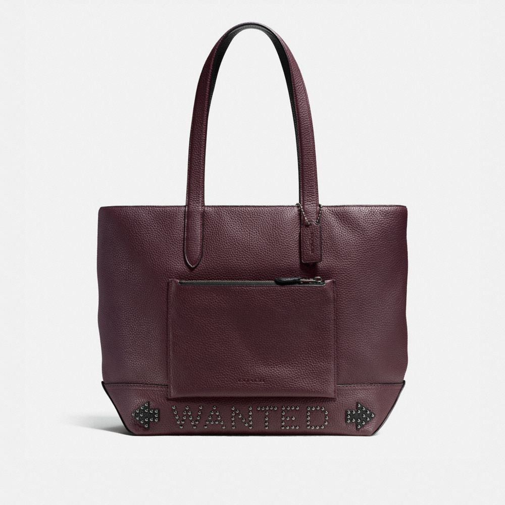 Metropolitan Soft Tote in Pebble Leather With Western Rivets
