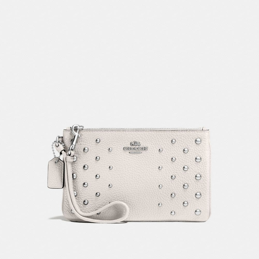 SMALL WRISTLET IN POLISHED PEBBLE LEATHER WITH OMBRE RIVETS