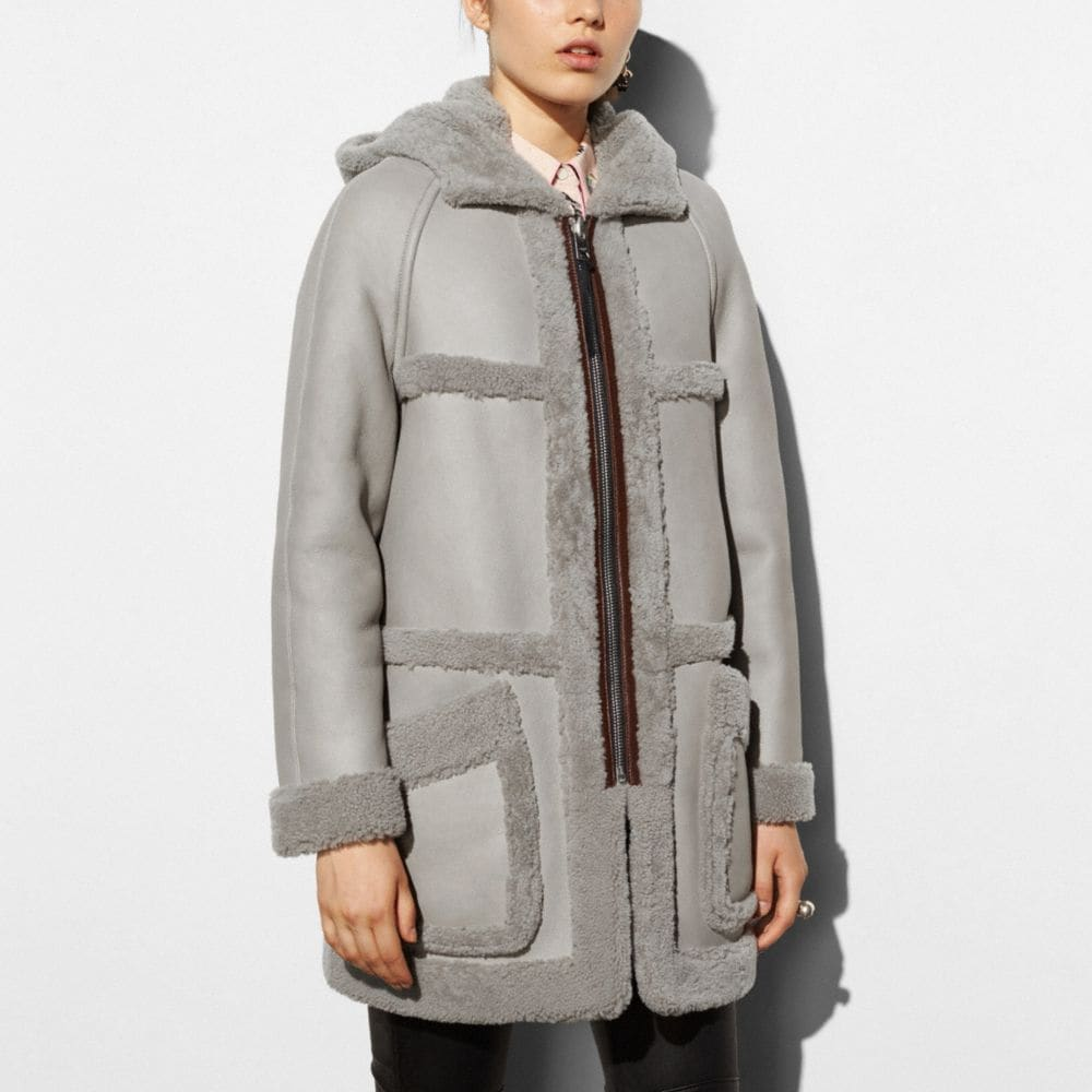 AprÈS Ski Reversible Shearling Coat - Alternate View M
