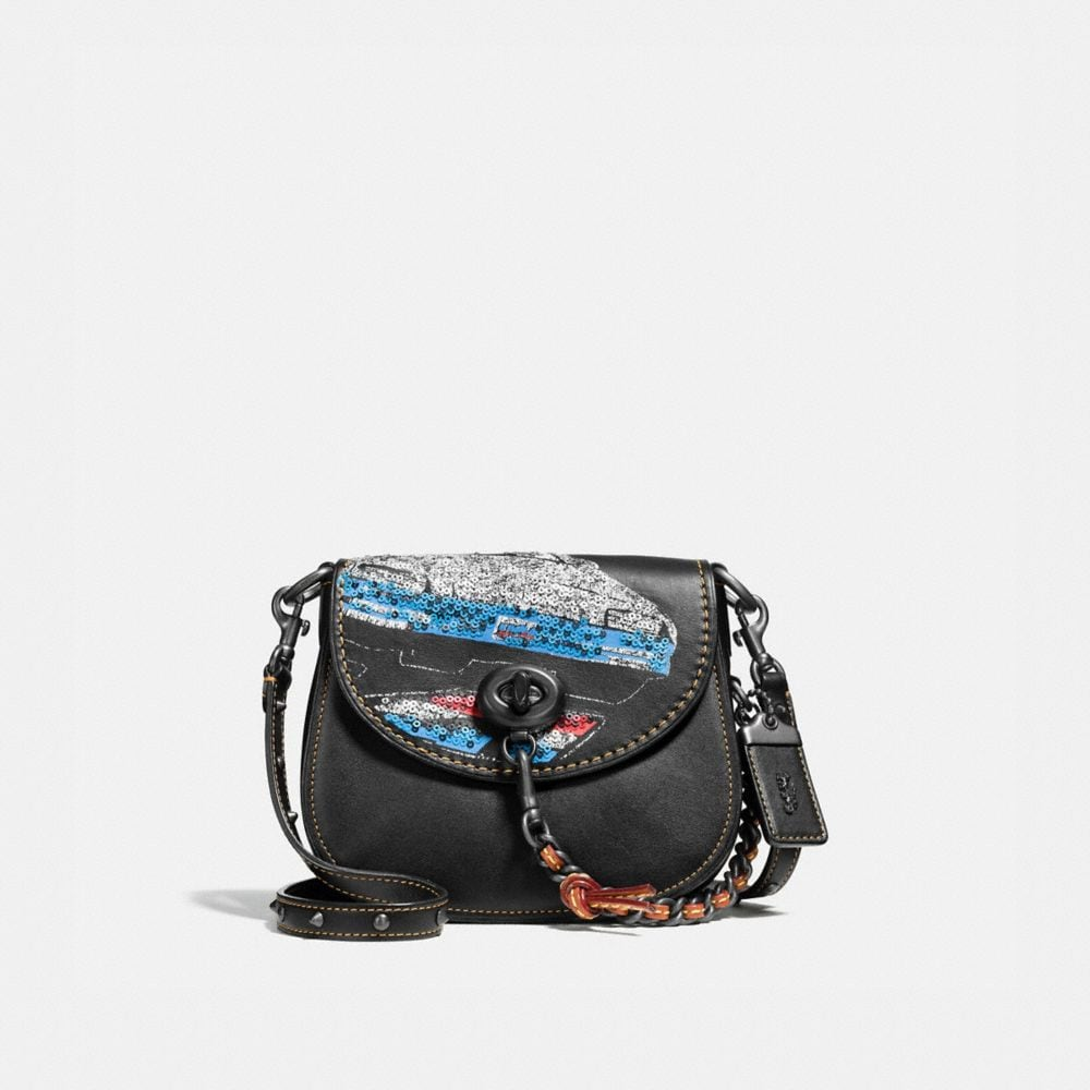 Turnlock Saddle Bag 17 in Glovetanned Leather With Car Embellishment
