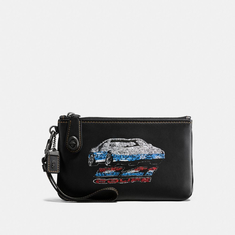 Coach Turnlock Wristlet 21 With Car