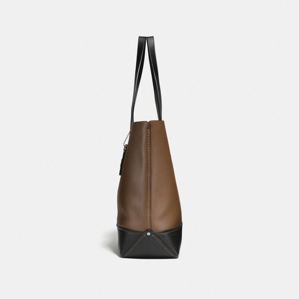 Gotham Tote in Glove Calf Leather With Wild Moto Print - Visualizzazione alternativa A1
