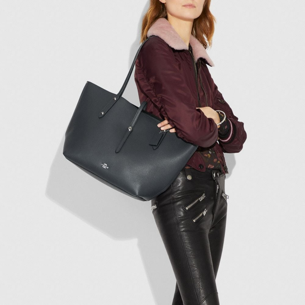 Market Tote in Polished Pebble Leather - Alternate View A2