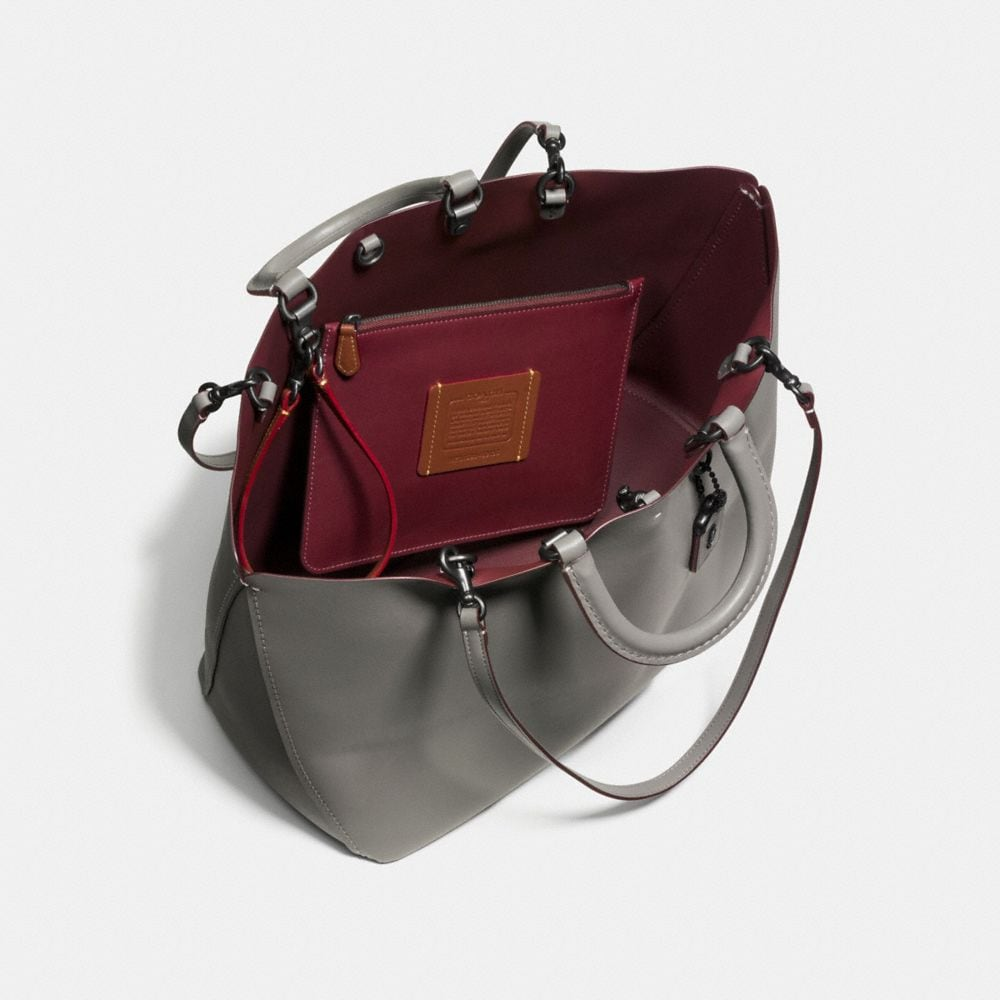 Rogue Tote in Glovetanned Calf Leather - Autres affichages A3