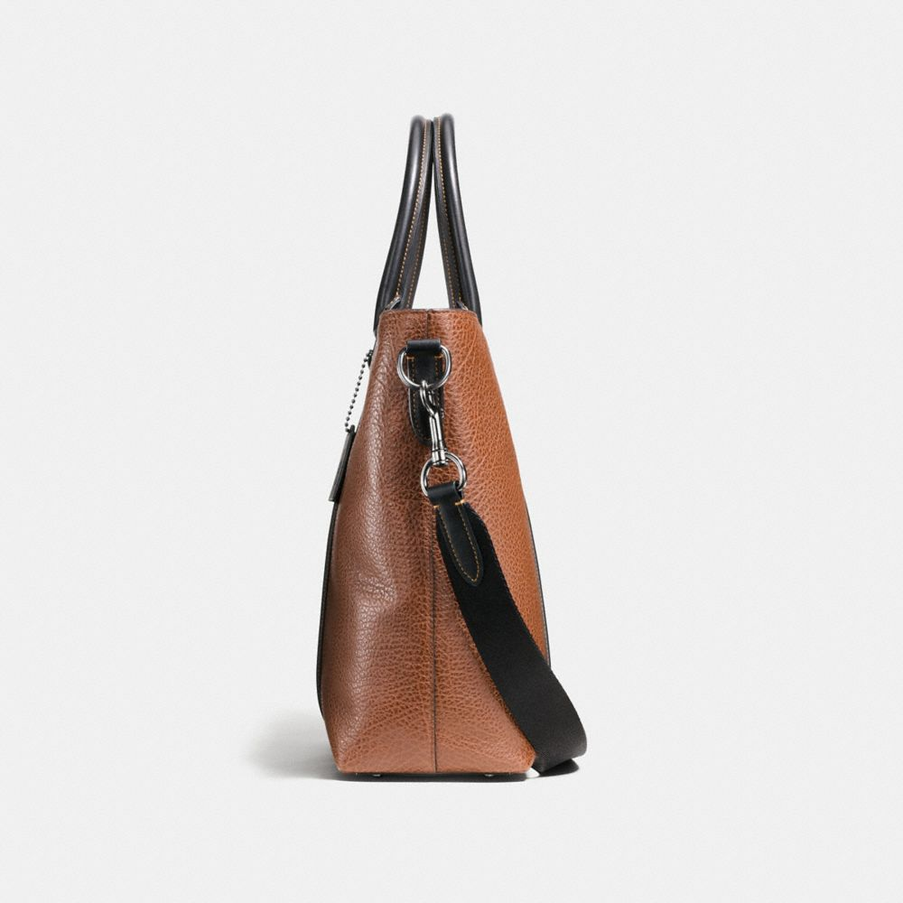 Metropolitan Tote in Material Block Leather - Alternate View A1