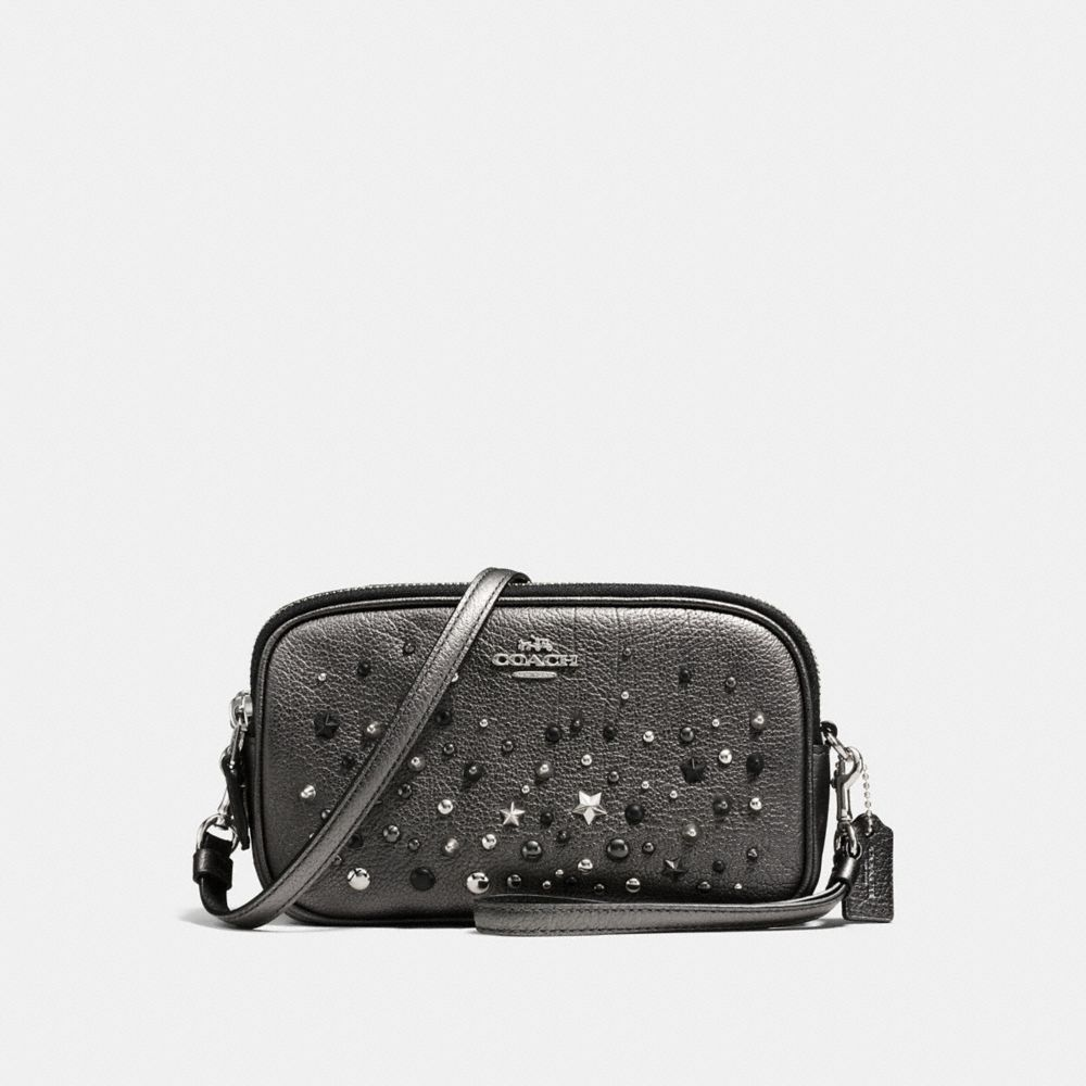 CROSSBODY CLUTCH IN METALLIC LEATHER WITH STAR RIVETS