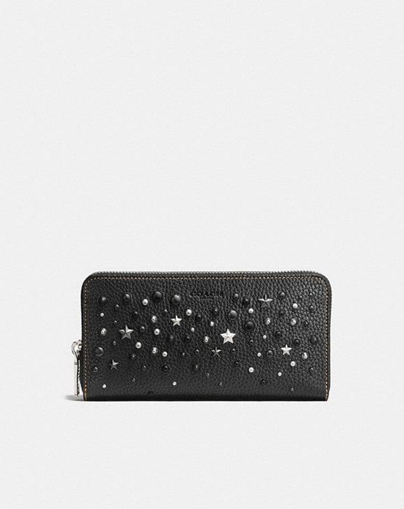 ACCORDION WALLET IN PEBBLE LEATHER WITH MIXED STUDS