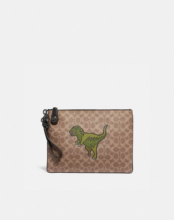 Coach TURNLOCK POUCH IN SIGNATURE CANVAS WITH REXY